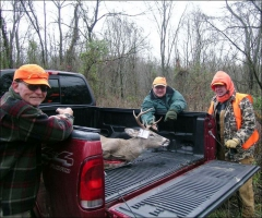 Deer-hunting-is-a-tough-job-but-somebody-has-to-do-it.jpg
