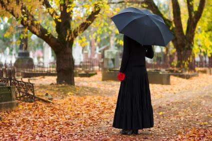 Woman_Mourning_main-424x283.jpg